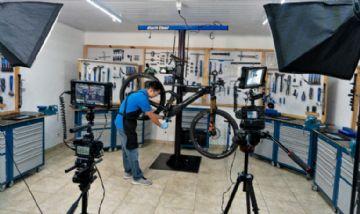 Escola Park Tool lança plataforma de cursos de mecânica de bikes a distância