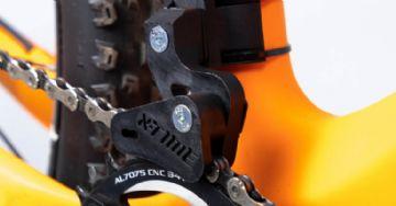 X-Time traz guia de corrente com abraçadeira para transmissões de 1 coroa