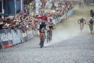 ''Eu realmente amo o MTB'', diz Van der Poel