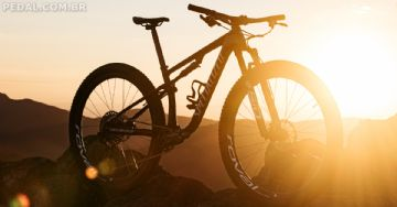 Specialized Epic 2021 chega com novo Brain e geometria agressiva