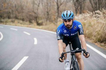 Ciclista belga utiliza treino que simula 1 hora a 10 mil metros de altitude