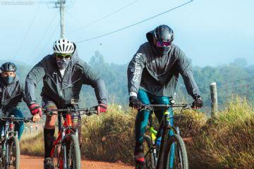 Em segundo dia de pedal, Leandrinho recebe apoio de Brou Bruto