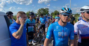 Primeira corrida internacional da UCI é cancelada depois de acidente com moto