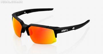 Óculos 100% Speedcoupe oferecem estilo, proteção e controle de umidade