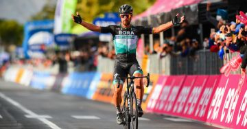 Giro 2020 #10 - Sagan quebra jejum vencendo escapado
