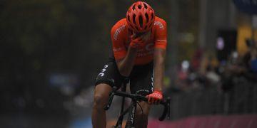 Giro 2020 #19 - Etapa encurtada por ciclistas tem vitória da fuga e ameaça da organização