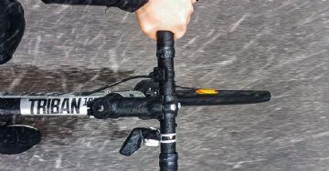 Dicas para pedalar na chuva na cidade