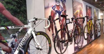Ladrões furtam 16 bicicletas avaliadas em 810 mil reais da Specialized