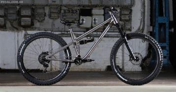 Kingdom apresenta bicicletas de titânio impresso em 3D