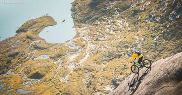 Vídeo Imperdível - Danny MacAskill desce trilhas super inclinadas