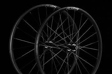 Rodas Enve Foundation Gravel - Modelos em carbono chegam com larguras de até 28mm