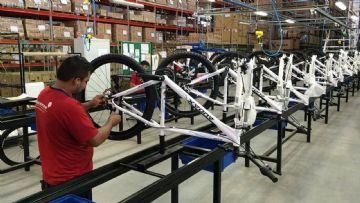 Senadores do Amazonas querem imposto mais alto para bicicletas