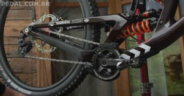 Rumor - Novo Shimano Saint flagrado na Copa do Mundo de Downhill 2021