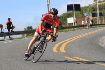 9 dicas para descer melhor no ciclismo de estrada