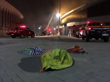 Velódromo do Rio é atingido por incêndio e balão é possível causa