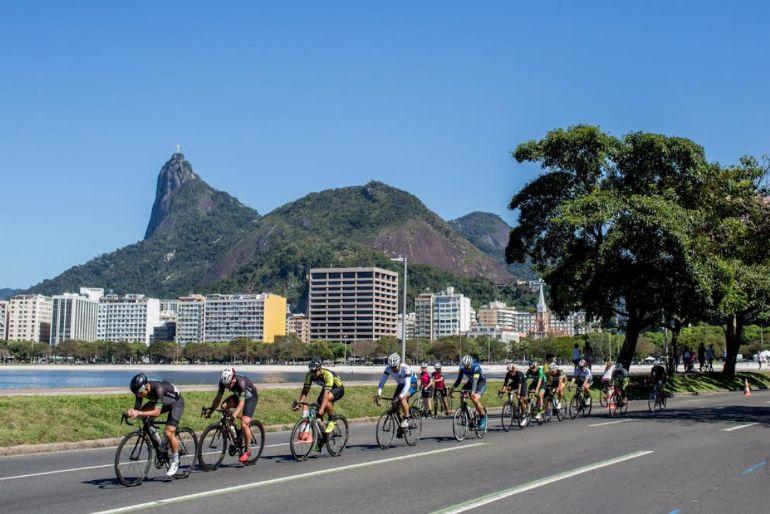 Circuito Uff Rio Triathlon : Circuito uff rio ciclismo  lina berg e felipe