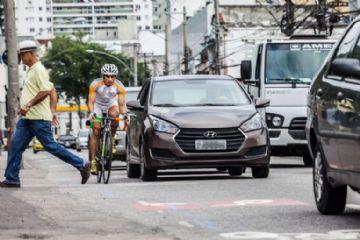 Ciclistas acreditam que motoristas desejam o mal para eles, diz estudo