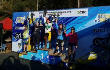 Brasileiro de Downhill 2018 - Lucas Bertol e Lais Rezzadori são campeões