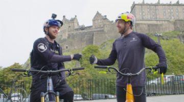 Vídeo - Danny MacAskill contra ele mesmo em bikes de enduro e trial