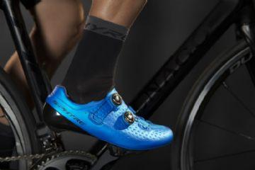 UCI recria regra com altura máxima permitida para meias